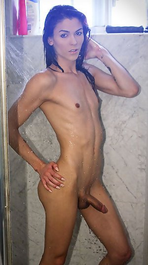 Shemale In Shower Pics
