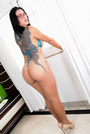 Shemale In High Heels Pics