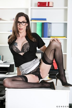 Shemales In Stockings Pics
